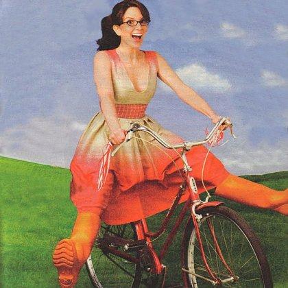 Tina Fey Auto-Straddles Into the Breezy Blue Sky