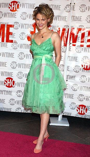 Leisha Hailey green dress