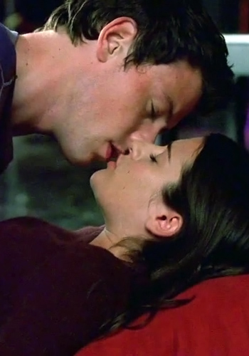 Glee Lea Michelle Kiss