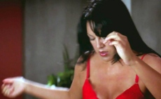 greys-anatomy_602-callie-changing-clothes