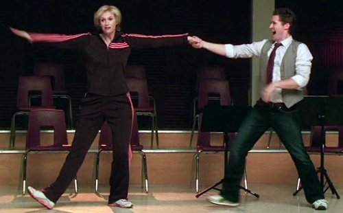 glee_108-sue-will-swing-dance2
