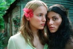 lesbian-outdoors2