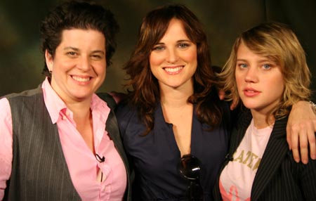 Julie Goldman, Nicol Paone & Kate McKinnon
