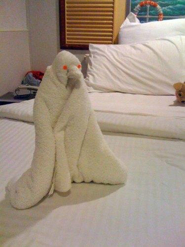 weird penguin