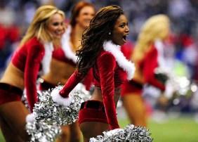 Hot-Christmas-Cheerleaders-6