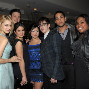 Glee-Cast-celebrates