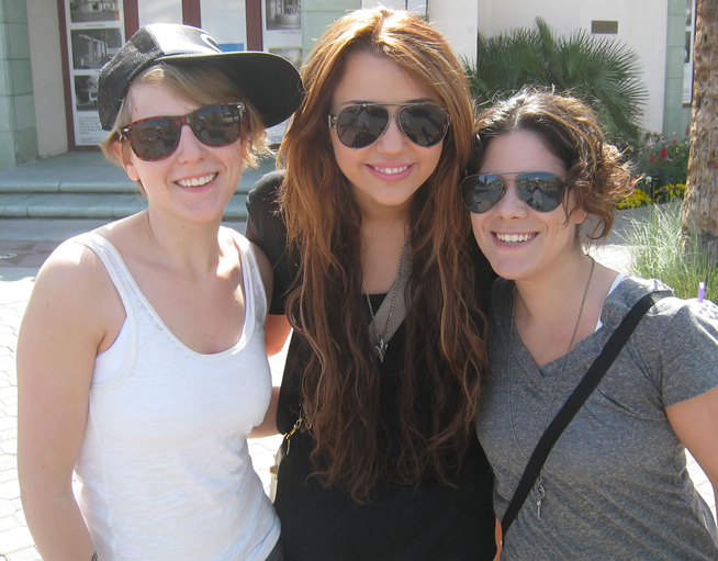Video Assistant Kelsey, Miley Cyrus & Editorial Assistant Jess - Dinah Shore 2010