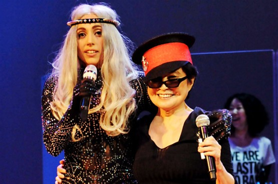 Gaga and Ono - Lester Cohen