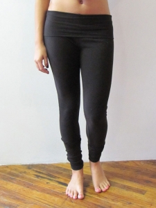 a30b0921 Threads for Thought Roll-Top Leggings