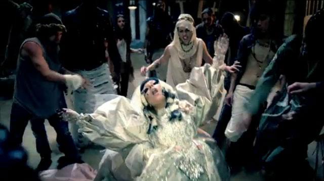 Lady-Gaga-Judas-Recap-stoning