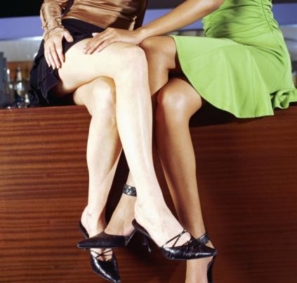 Lesbians Leg 25