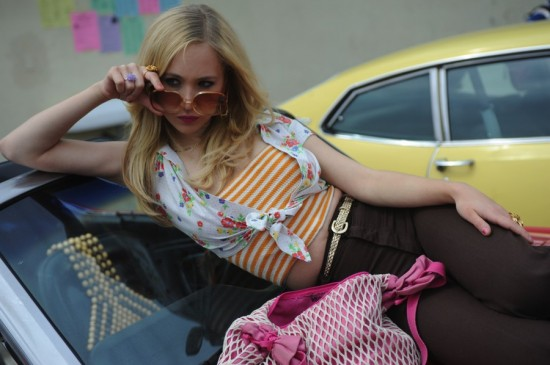 dirty-girl-movie-photo-juno-temple-550x365