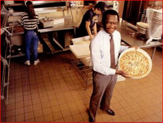 herman-cain-and-godfather-pizza-picture-1
