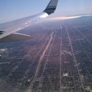 la plane flying travel
