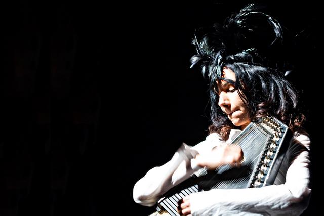 PJ Harvey, 2011