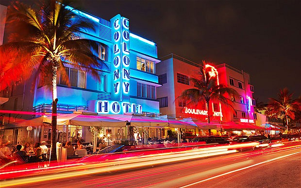 South Beach Miami,restaurants at night on Ocean Drive,Art Deco hotels. Image shot 2009. Exact date unknown.