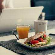 laptop-sandwich