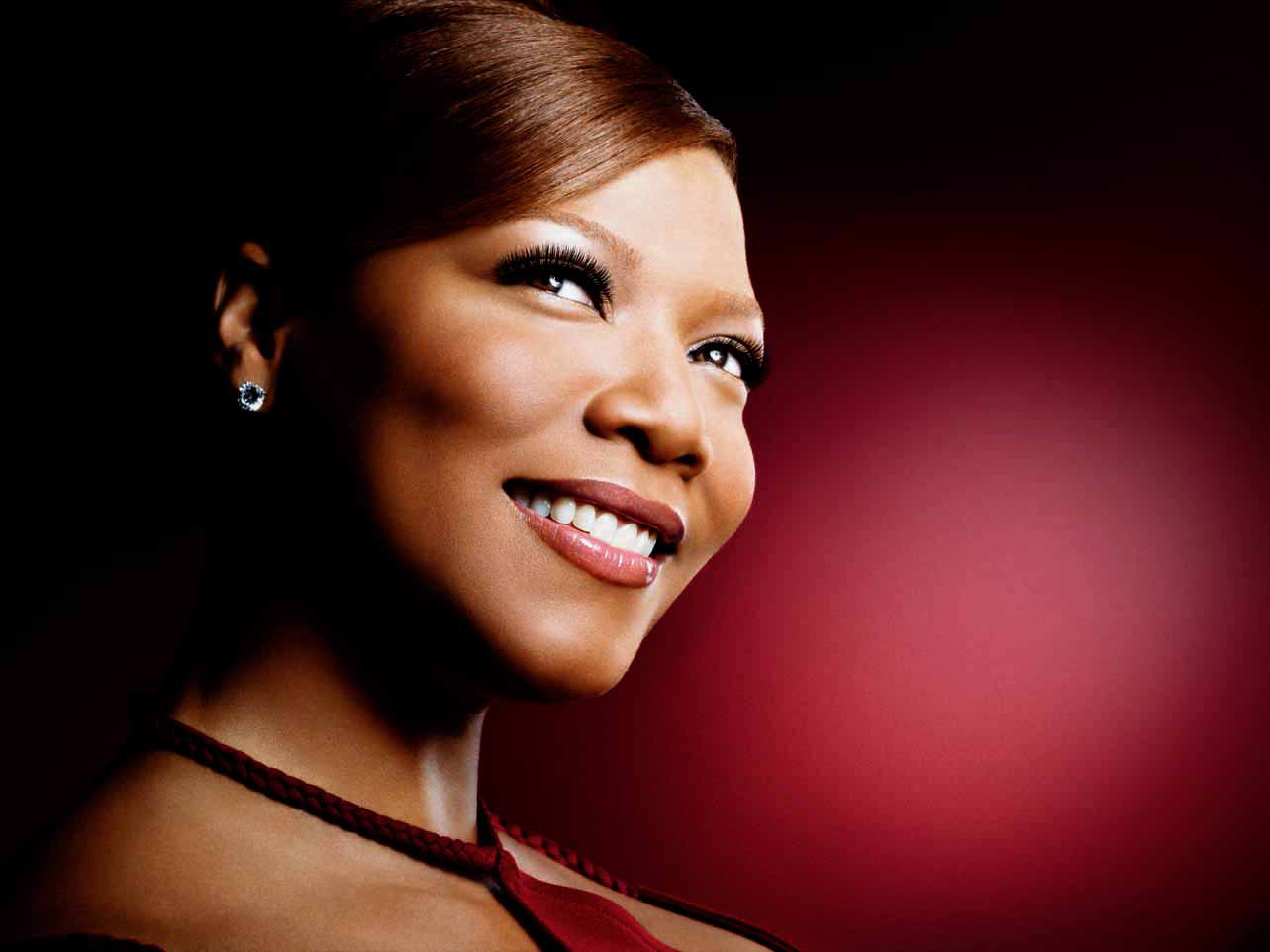 Queen Latifah Fakes Minimalist queen latifah to headline long beach pride 2012 | autostraddle