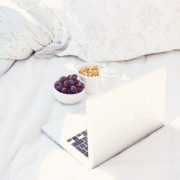 cute-laptop-on-bed