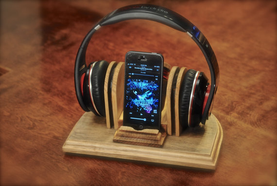 Headphone Stand Designs : Holigay gift guide music lovers autostraddle