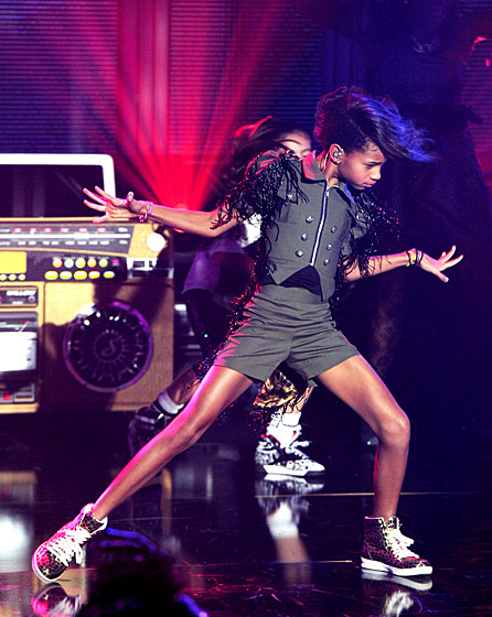 WILLOW SMITH NYE 2011/2012