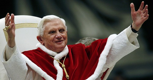 Pope-Benedict-XVI-Christmas-Message-20111