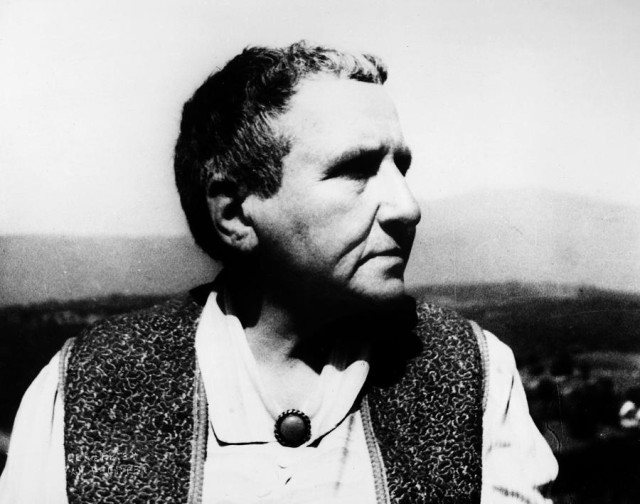 GERTRUDE STEIN LOOKS TO THE FUTURE