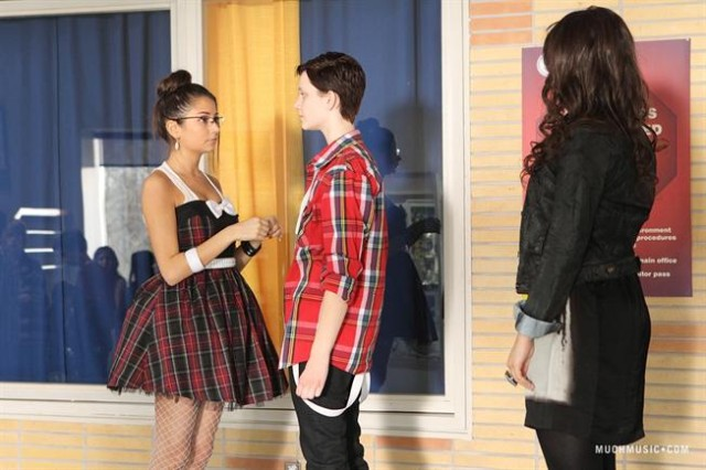 Sexually Fluid Imogen, Transgender Adam, Lesbian Fiona in 'Degrassi'