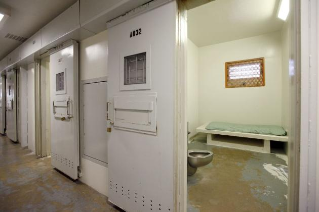 it's very difficult to get actual photos of solitary cells in various prisons. this is a solitary cell in Unit 32 of the Mississippi State Penitentiary, via the  Washington Post