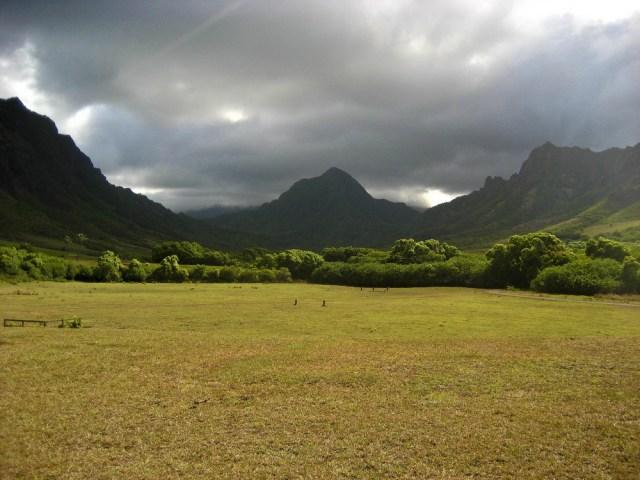 Ka'a'awa Valley via shutterstock
