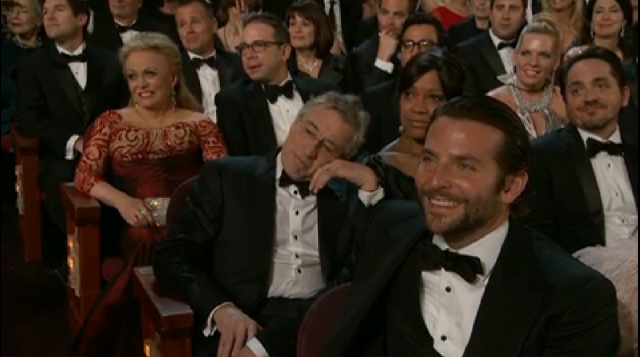 YET ROBERT DE NIRO LOOKS SO BORED