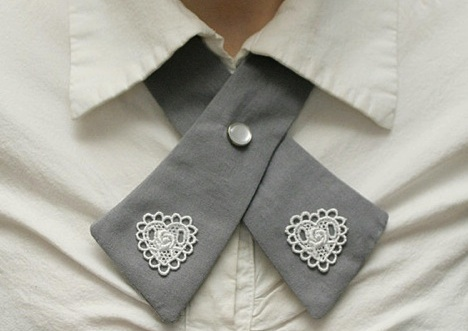 heart bow tie feature