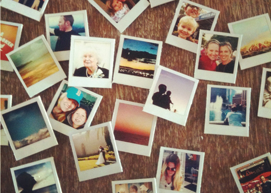 Instagram DIY Magnets. It's like hitting two birds with one magnetic stone. via Yennipe