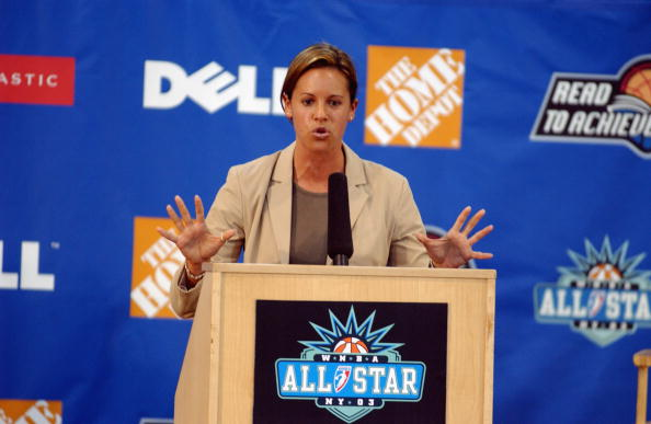 MSG SportsDesk Anchor Jenna Wolfe in 2003 (Photo by Jesse D. Garrabrant/ WNBAE via Getty Images)