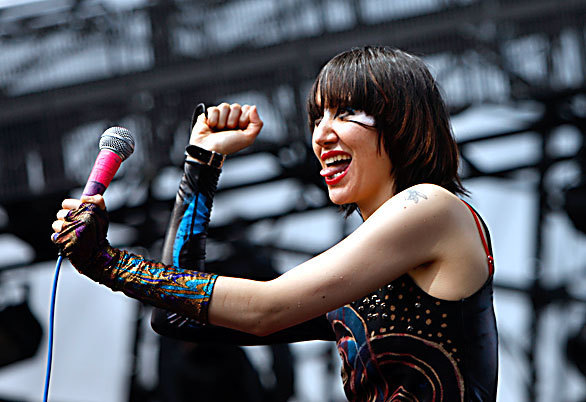 KAREN O {VIA FANPOP}