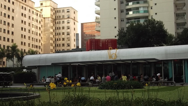 spot-restaurant (2)