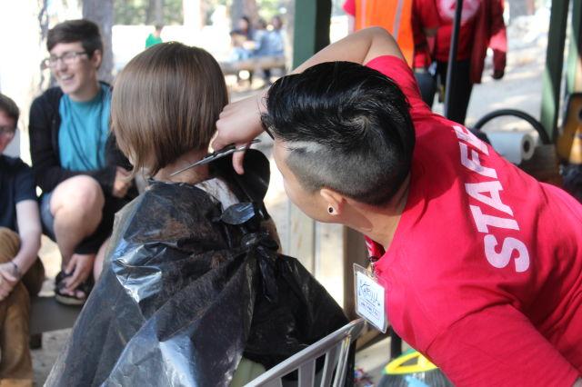 katrina doing haircuts
