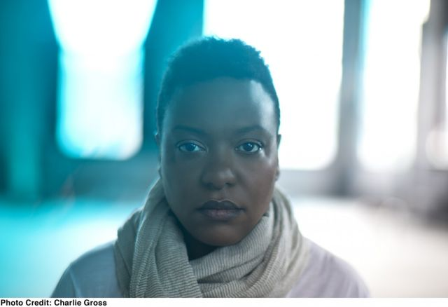 Meshell Ndegeocello. Photo credit: Charlie Gross. Via dukeperformances.duke.edu.