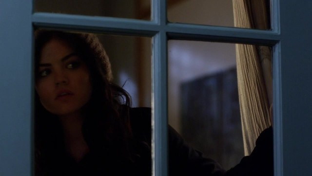 "THE TRIUMPHANT RETURN OF ARIA'S ""SNOOPING HAT."""