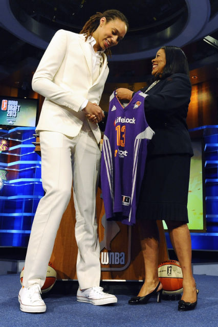 Brittney Griner In A Dress Style Thief: How to Dr...