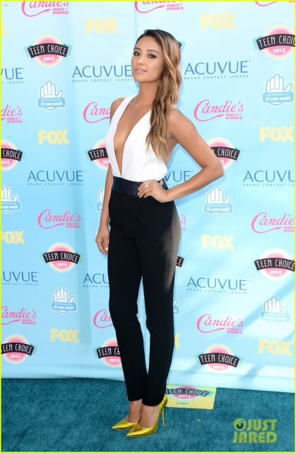 Shay can validate me any day(via Just jared.com)