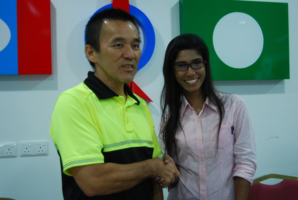 DAP's Teh Yee Cheu and Hazreen Shaik Daud  via TransGriot