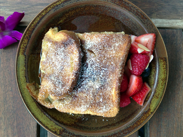 1-french-toast-berries