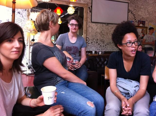 Lesbian meetup groups