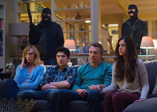 Toni-Collette-Tate-Donovan-Quinn-Shephard-and-Mateus-Ward-in-HOSTAGES-TV-Series-600x428