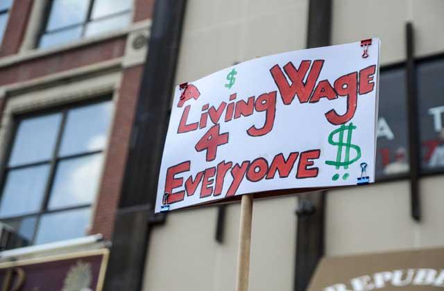 low wage workers  strike-thumb-640xauto-9021
