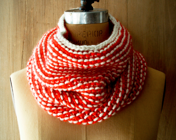 Knitting this scarf on circular needles is super fast and easy and it turns out beautifully. via {Purl Bee}
