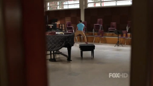 whatever i don't need kurt, i can just autostraddle this chair