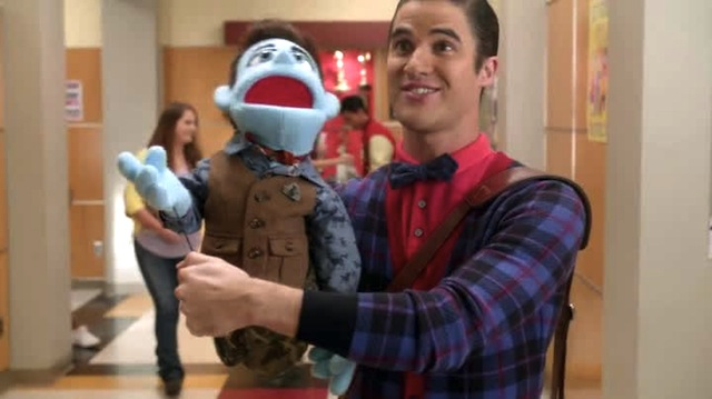 Hey who wants to feed my puppet a junior mint?