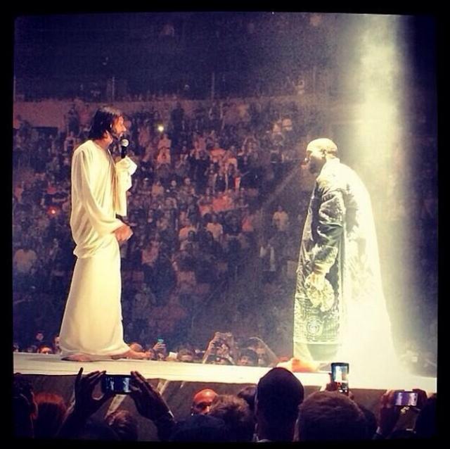 Kanye-west-yeezus-jesus-tour